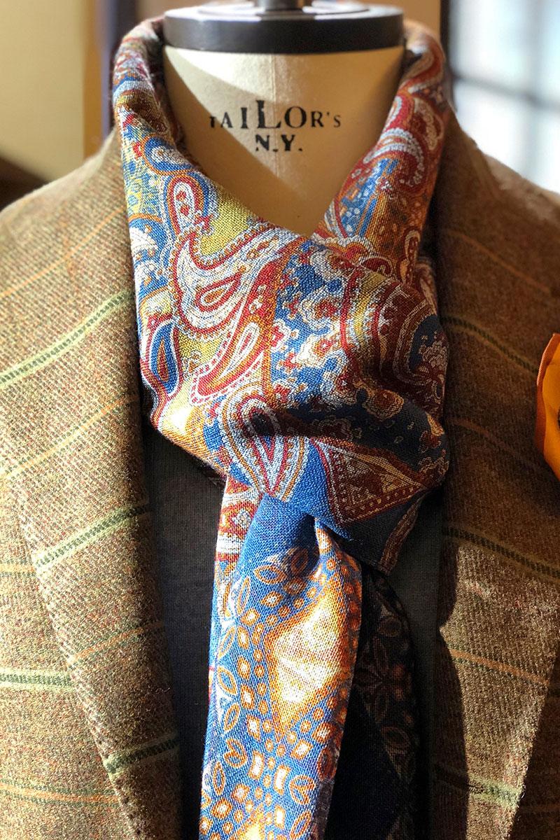 Giacca in pura lana righe con sciarpa lana stampa cachemire
